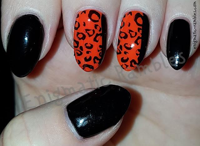 Neon-Animal-Print-Nails