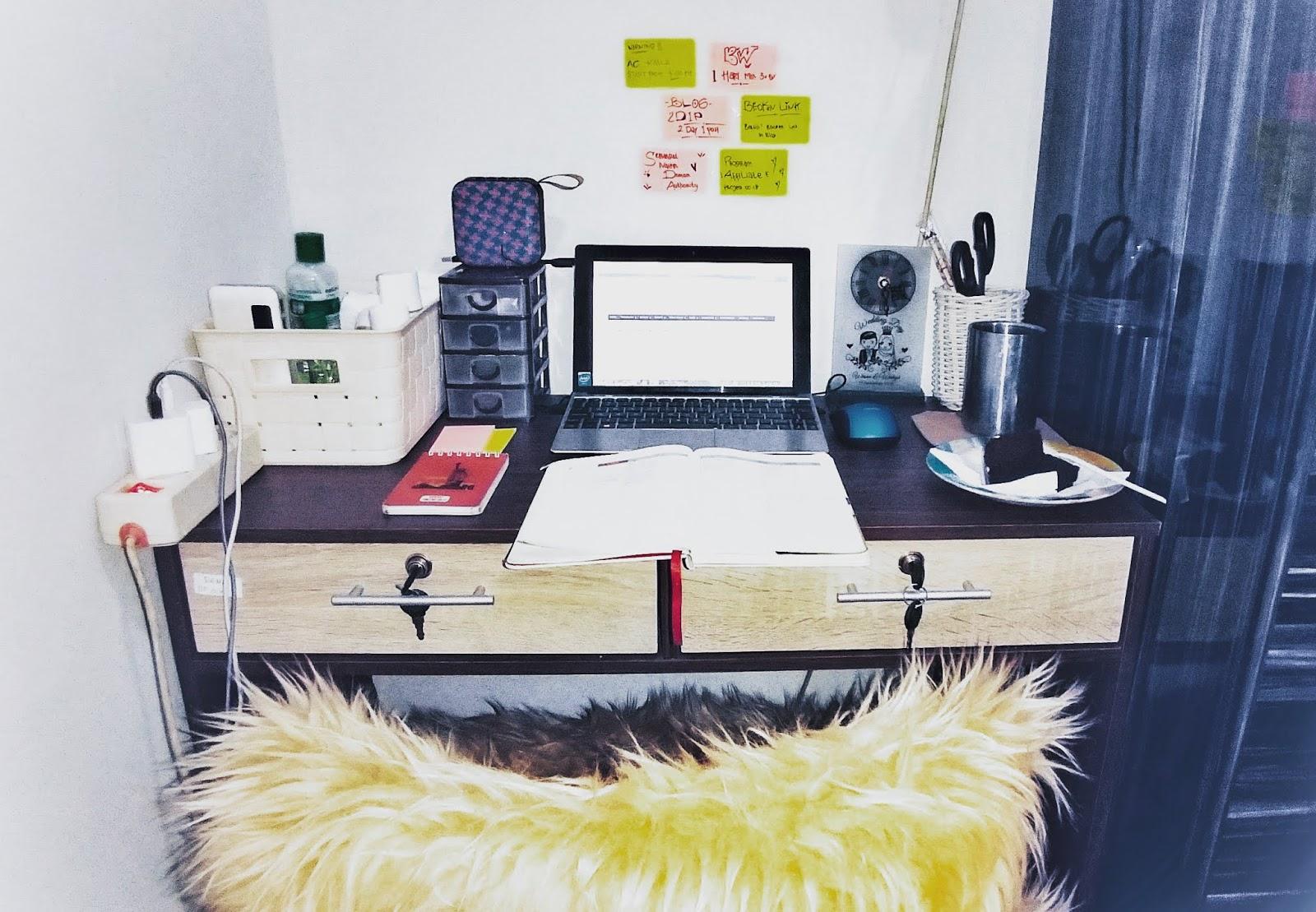 Manfaat Dan Tips Membuat Workspace Pribadi Yang Nyaman di Kamar