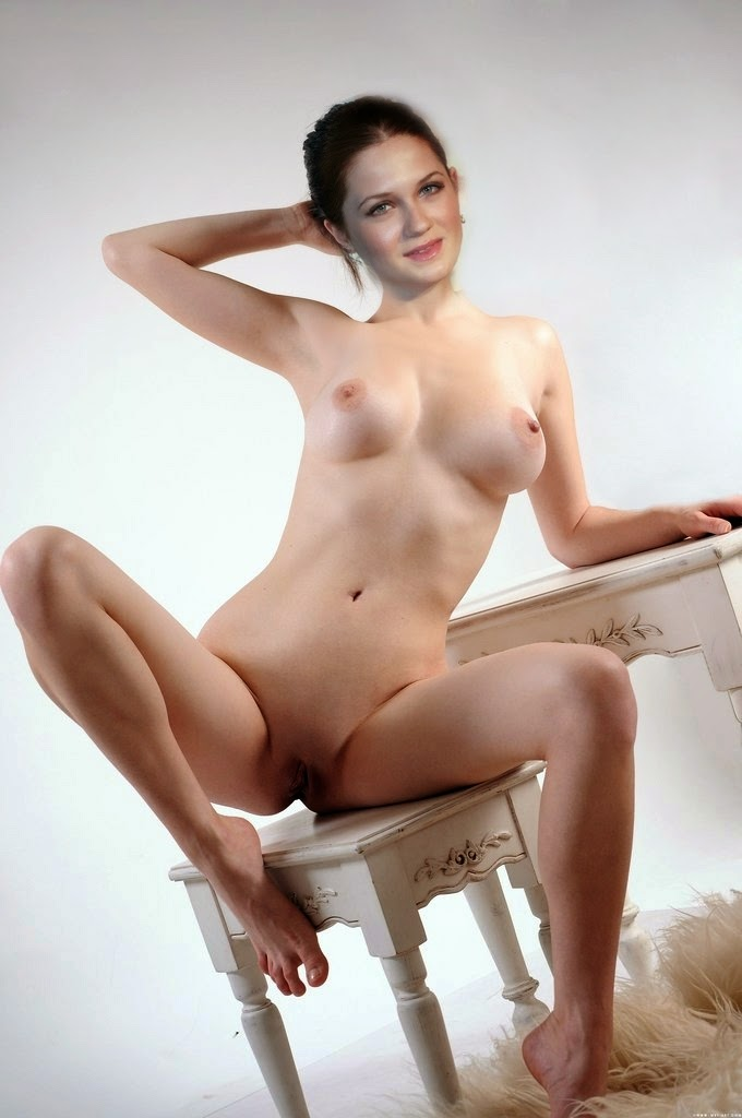 Boobs Bonny Wright Nude Jpg