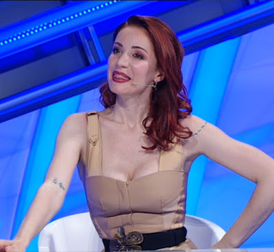 Andrea Delogu conduttrice tv a Top 10 29 maggio