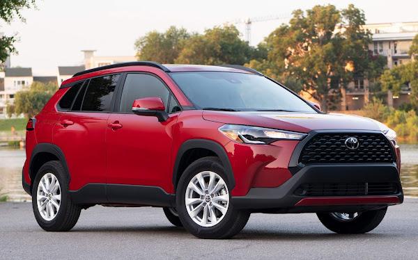 Toyota Corolla Cross LE 2022 - EUA