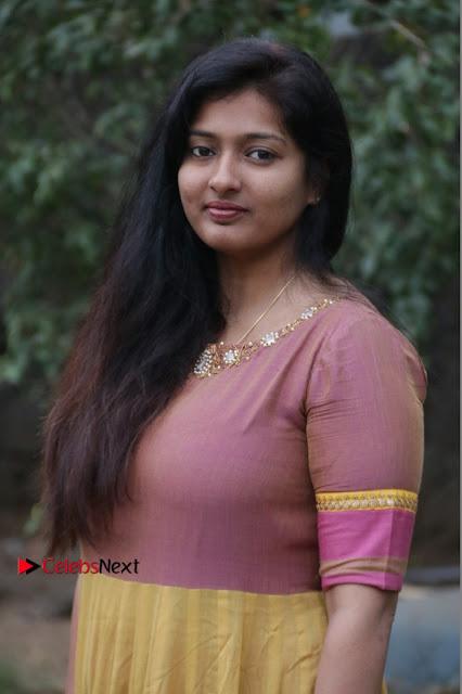 athri Raguram Stills at Yathumaki Nindraai Press Meet  0003.jpg