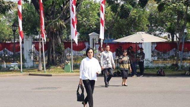Ada Pria yang Mencoba Mengambil Tas Sri Mulyani di Istana Pagi Tadi
