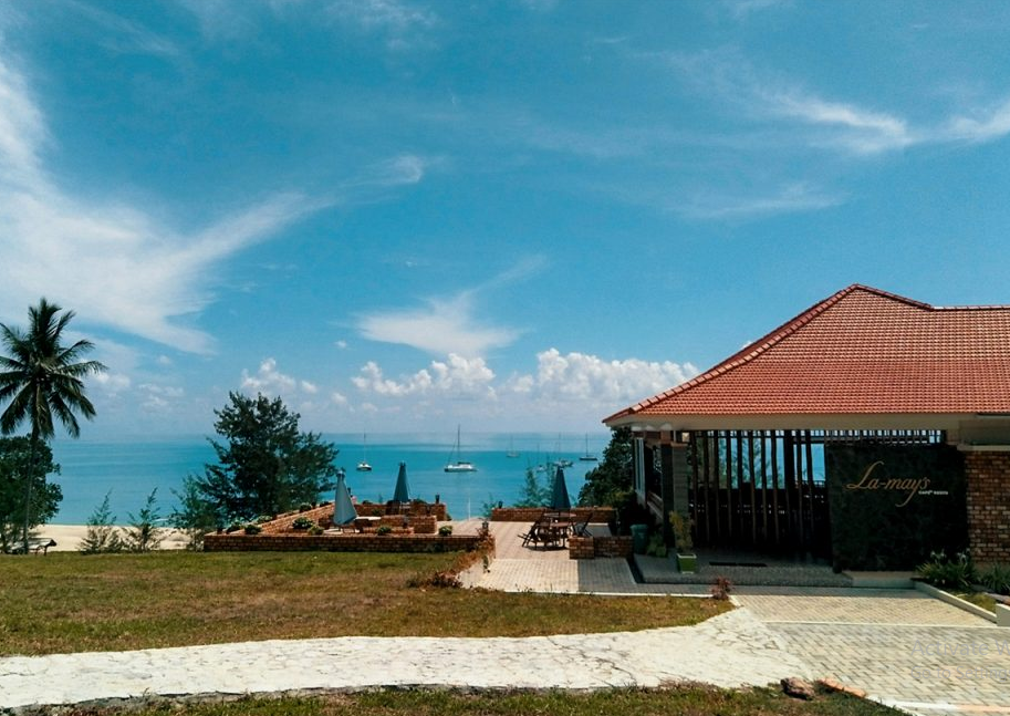 hotel murah pinggir pantai di bangka belitung
