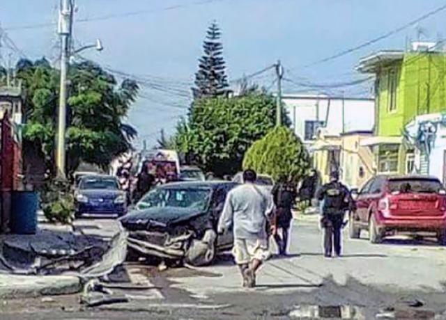 SICARIOS CHOCAN FAMILIA,HIEREN a CUATRO y ESCAPAN BURLANDO CERCO MILITAR,FEDERAL y ESTATAL