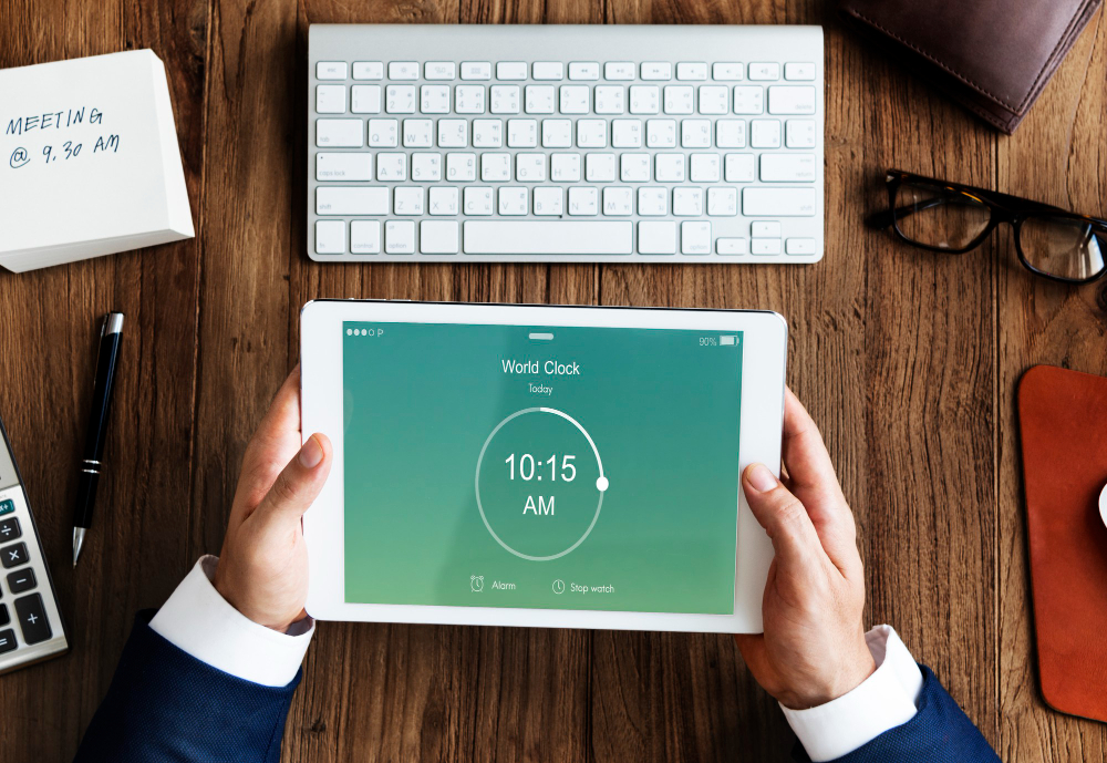Does Using a Clock In And Out App Indicate A Lack Of Trust In The Workplace