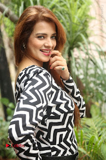 Actress Saloni Latest Pos in Short Dress  0046.JPG