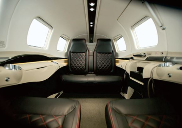 Piper M600 interior