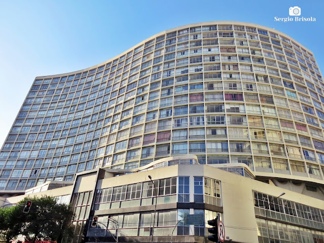 Perspectiva inferior da fachada do Edifício Racy - Campos Elíseos - São Paulo