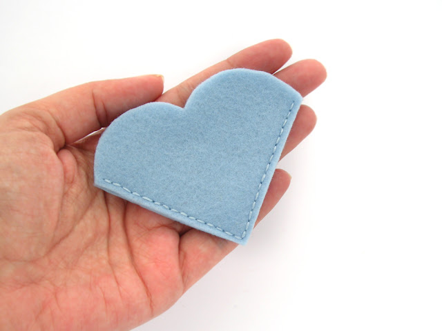 https://www.etsy.com/listing/384877792/corner-bookmark-felt-bookmark-heart?ref=shop_home_active_3