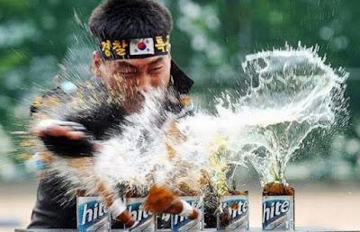 Möglichkeiten ein Bier zu öffen - Karate lustig