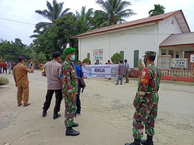 Pengamanan Unjuk Rasa DIlakukan Personel Jajaran Kodim 0207/Simalungun Diwilayah Binaan
