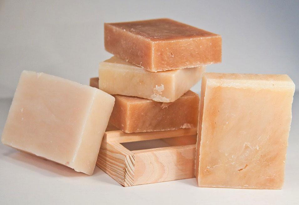 8 Benefits of Sulfur Soap