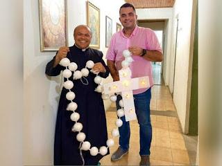 Terço de balões da Romaria da Penha chega a Cruz do Espírito Santo; 'benção sobre a cidade'