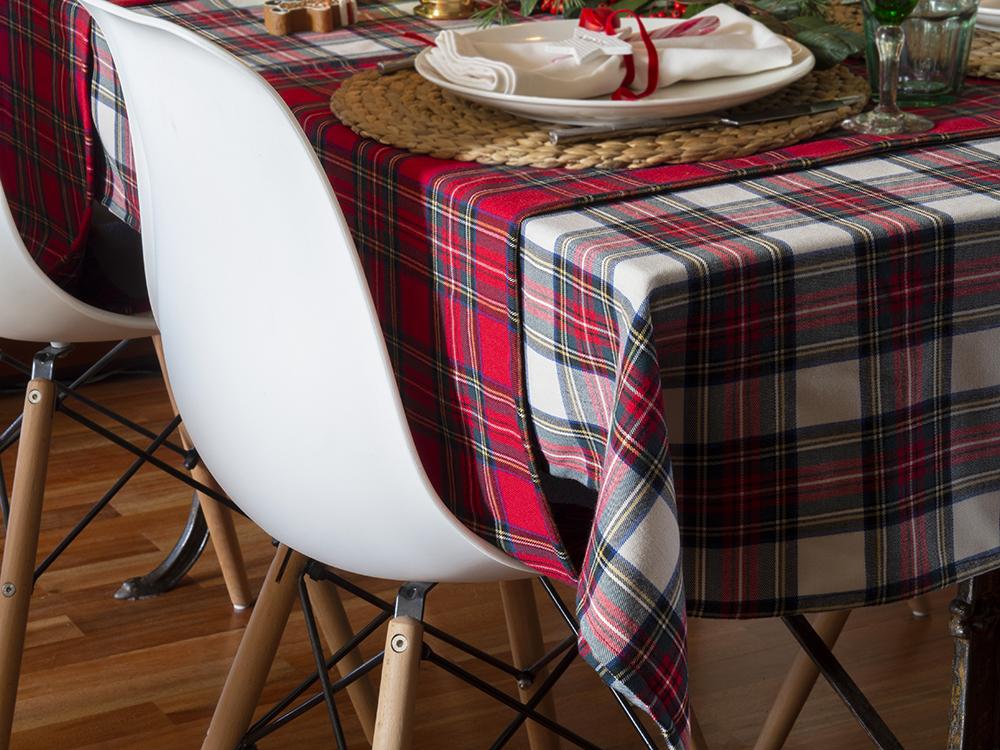 Nuestra mesa navideña en cuadros escoceses18