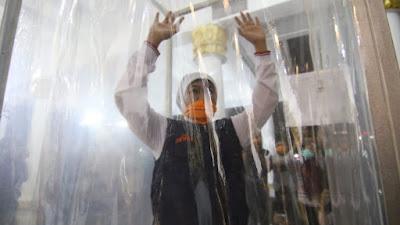 Pemprov Jatim Sediakan Room Screening dan Drive Through Desinfektan untuk Cegah Penyebaran Covid-19