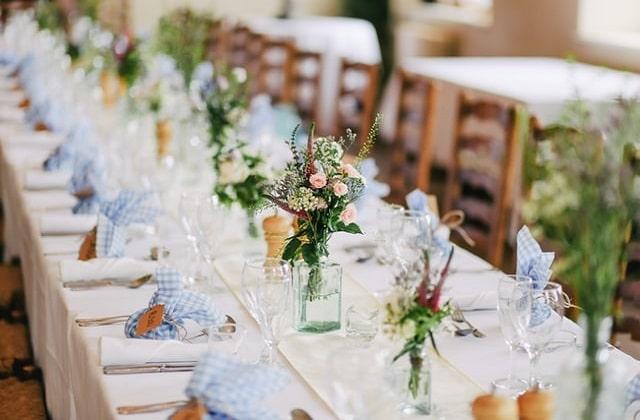Customize your wedding decoration