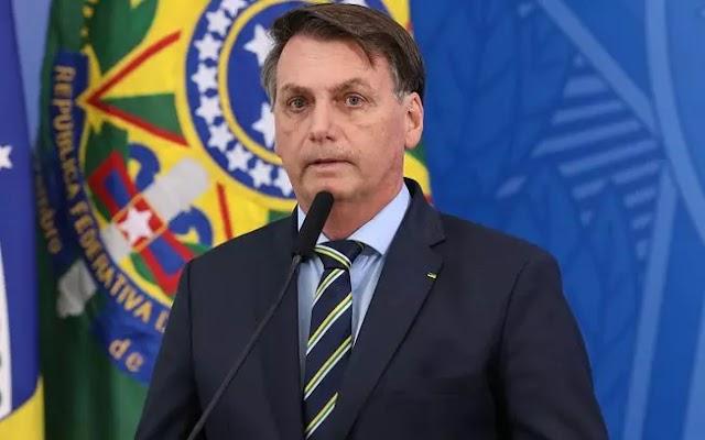 Governo propõe renda de cidadãos com recursos da educação básica no Brasil.