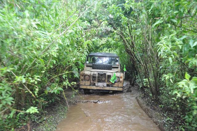 OFFROAD LANDROVER | Aktifitas Outbound di Alam Terbuka