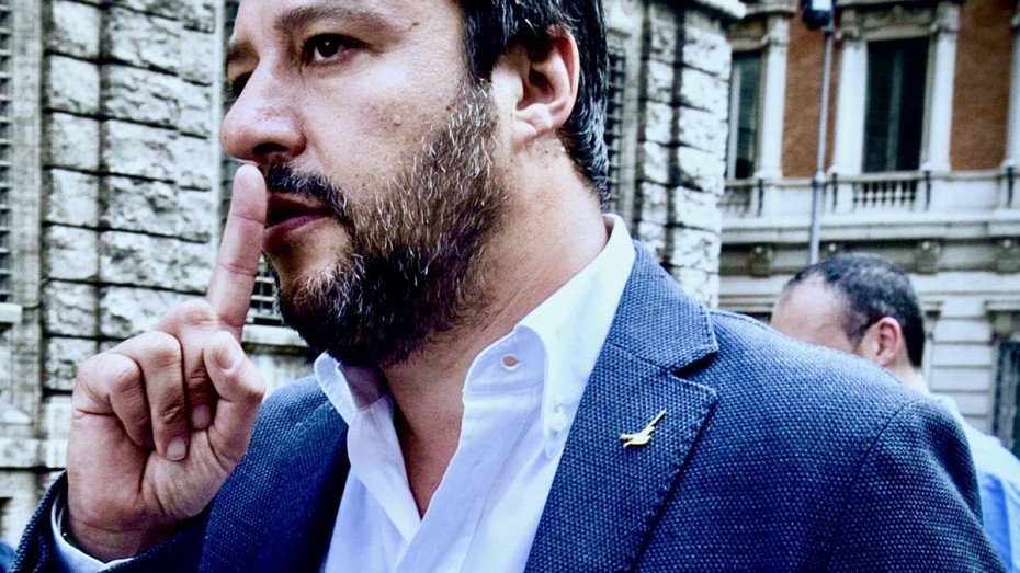 Σαλβίνι: «Δεν θα κερδίζουν οι Τούρκοι εις βάρος των Ιταλών - Να φύγουν οι εταιρείες του Ερντογάν