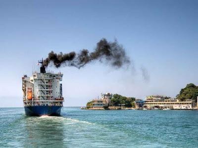 Navio-poluente