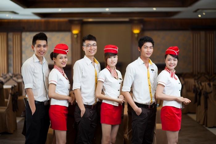Đồng phục công ty đẹp và chuyên nghiệp