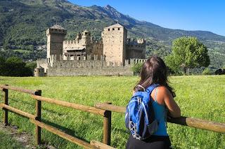 Castello di Fenis sul Cammino Balteo in Valle D'Aosta