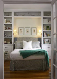 How to Arrange a Larger Minimalist Bedroom