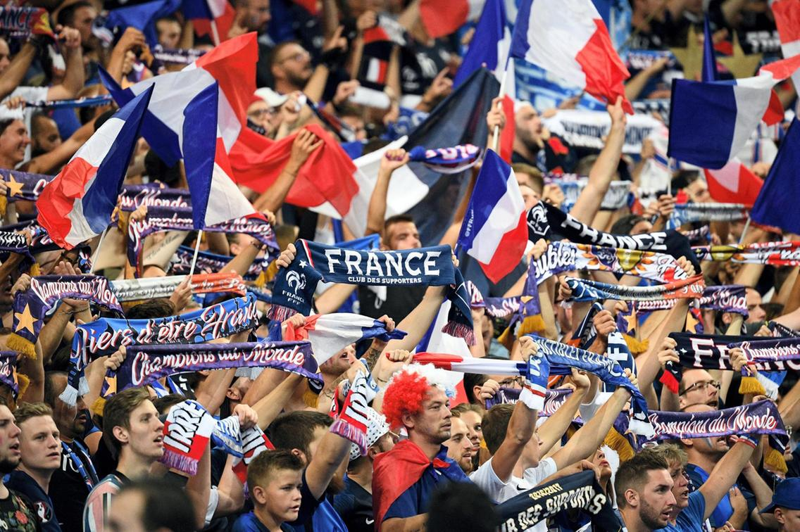 French football and other sports will not resume before September: PM Philippe