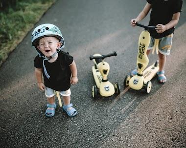 Moje dziecko nie chce jeździć w kasku, więc...