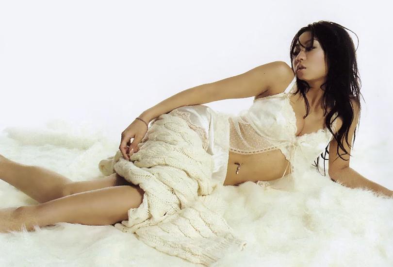 Album Review: Kumi Koda (神田 來未子) - Feel My Mind   Random J Pop