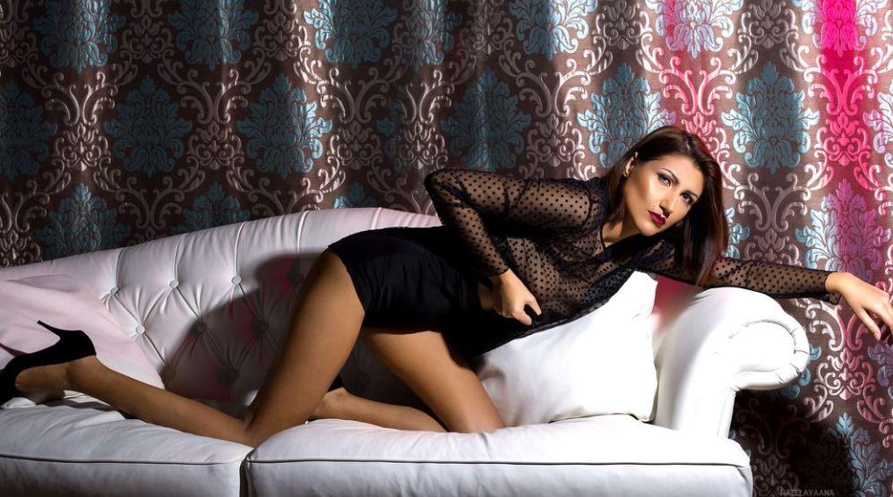 HazelAyaana Model GlamourCams