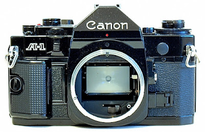 Canon A-1, Front