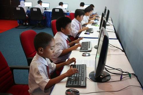 Peran Teknologi Informasi dan Komunikasi Dalam Bidang Pendidikan