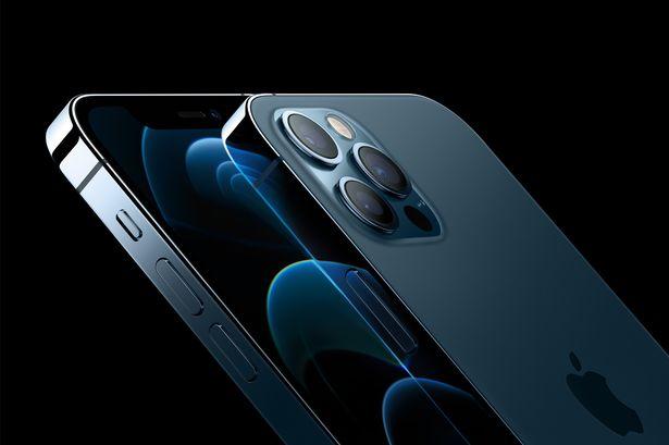 L'iPhone 12 mini et l'iPhone 12 pro max: les précommandes commenceront demain