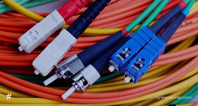 Penjelasan Lengkap: Apa itu Fiber Optik? | Teknologi & Informasi