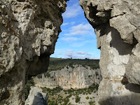 http://mespetitesescales.blogspot.fr/2014/02/rando-pont-du-hasard-et-chapelle-de.html