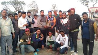 विशाल क्रिकेट प्रतियोगिता का समापन, बरेठी की टीम ने जीता टूर्नामेंट    #NayaSaberaNetwork