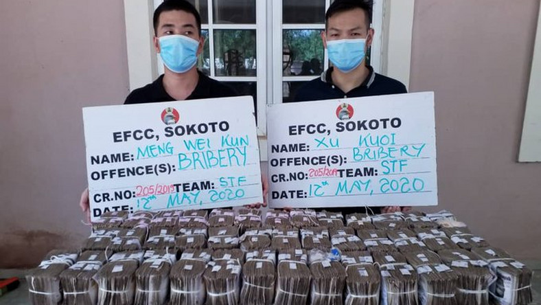 2 Chinese Men Arrested For Bribing EFCC Officer With N100 Million (Photo)