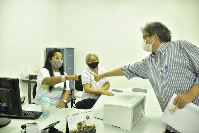 Dr. Gutemberg leva reivindicações de comunidades para o secretário David Col Debella, titular da Semosp