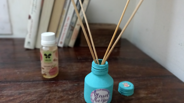 Old ink pot as an aroma diffuser