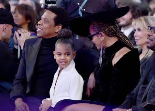 Beyoncé & Jay-Z's Twins Pose With Blue Ivy