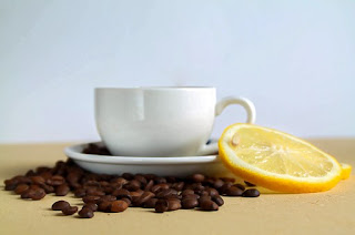 Coffee and lemon against cellulite