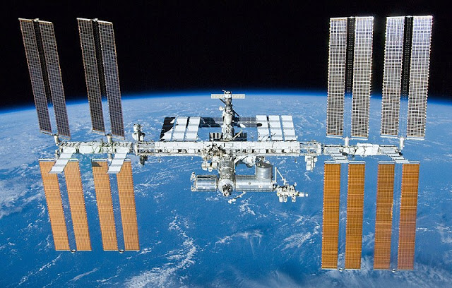Estação Espacial Internacional fotografada em 2021 - NASA - Boeing