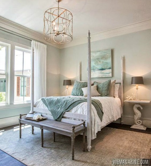 Timeless Coastal Bedroom with Poster Bed