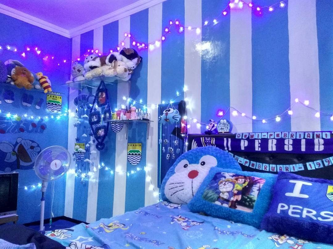Inspirasi Kamar Anak Tema Biru Doraemon Homeshabby Com Design Home Plans Home Decorating And Interior Design