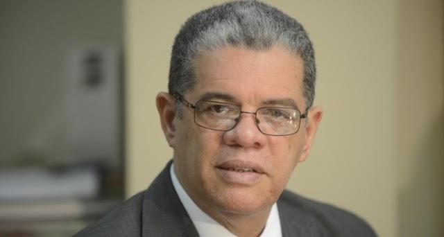 Interior y Policía suspende a gobernador de Elías Piña para investigar incidente