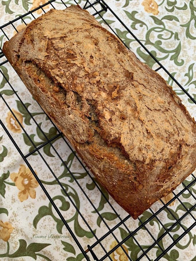 Pan con pie de masa madre y 5 semillas (sin gluten)