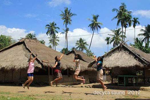 desa adat senaru lombok utara