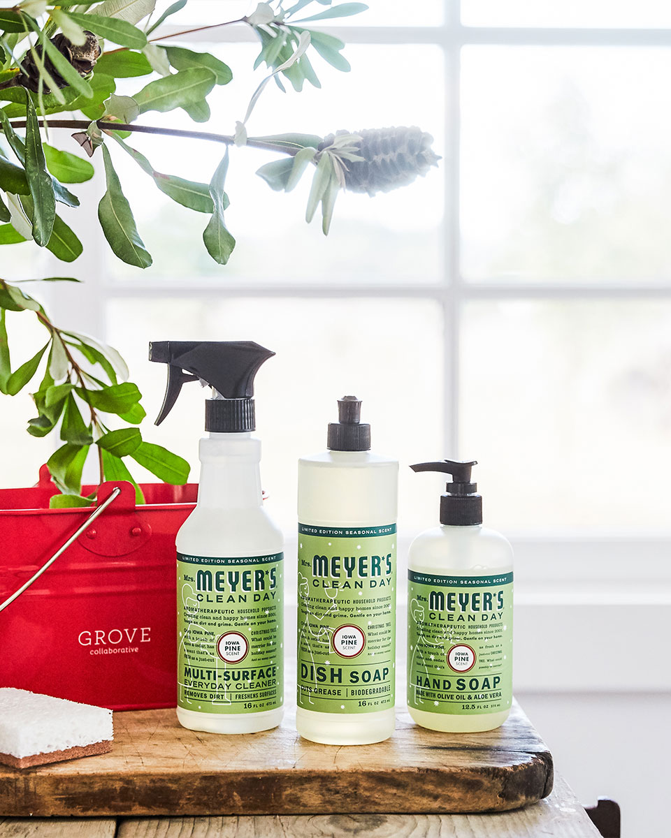 #ad Holiday Cleaning is easy with Mrs. Meyer's scents + Free Holiday Set #grovepartner